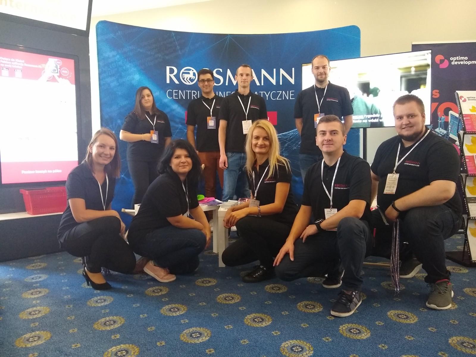 Zespół z Rossmanna na targach IT